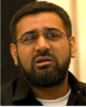 Demands sharia law in UK