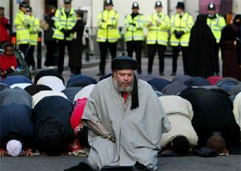 znews_muslim_in_england_1