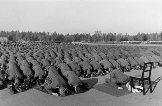Muslim SS soldiers praying