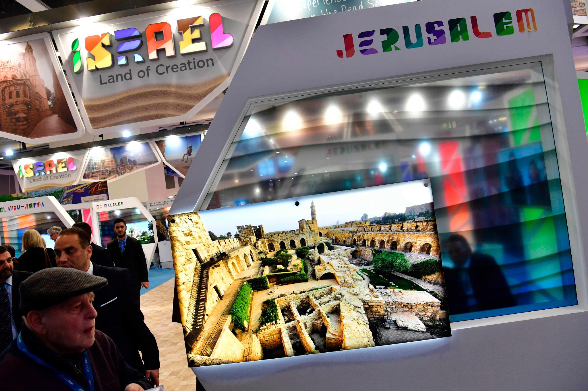 berlin international tourism fair police move in to protect israel booth from fair s own. Black Bedroom Furniture Sets. Home Design Ideas